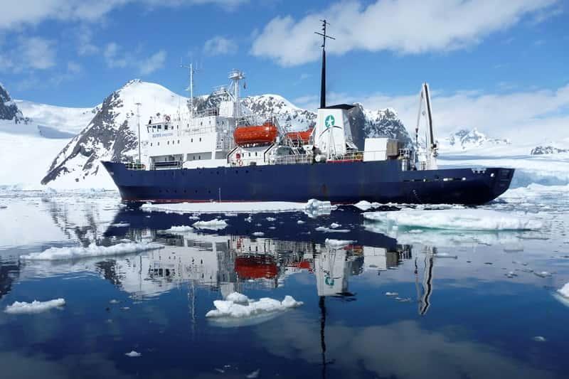 M/V Polar Pioneer