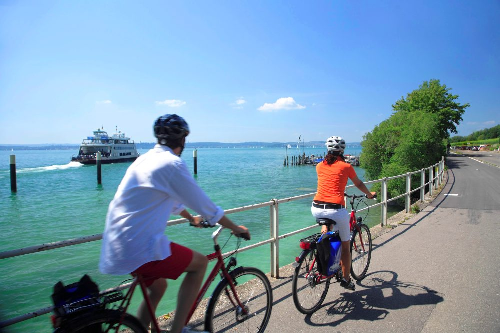 Cycling along the lake in Meersburg