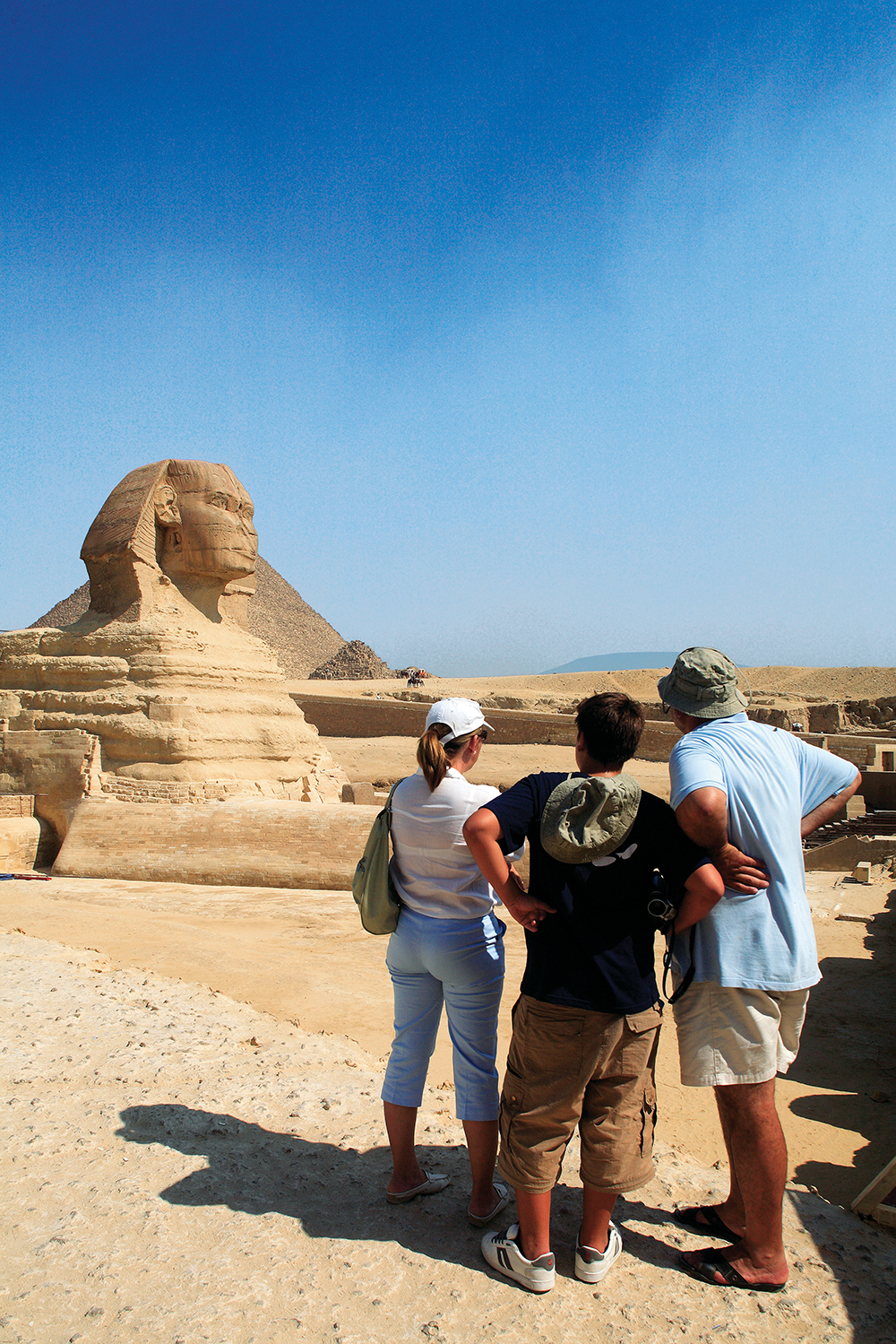 Views of the Sphinx / Egypt Tourist Board