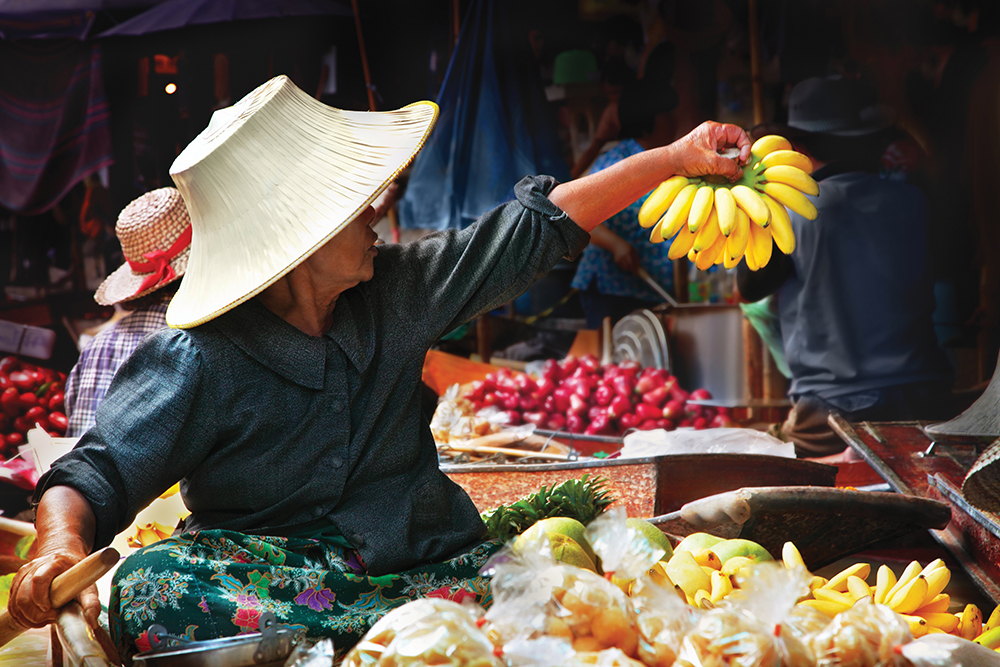 Colourful floating market in Bangkok
