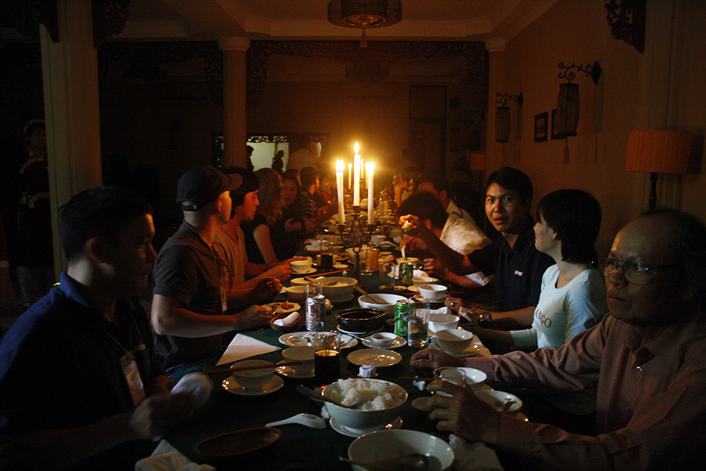 Saving on electricity at our Agent's restaurant in Saigon with our local leaders